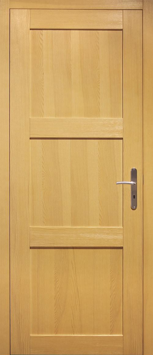interierove-dvere-masiv-smrk_bezsuký_moření