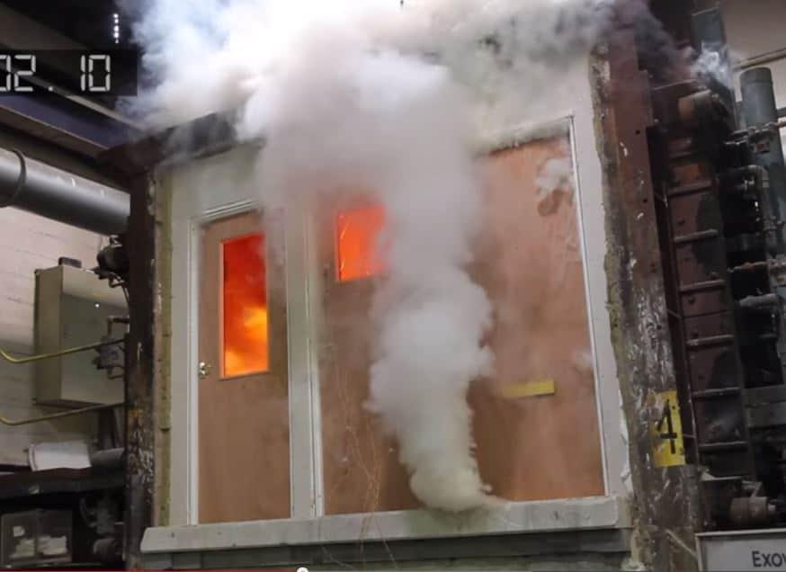 test požárních dveří