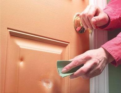 Jak pečovat o dřevěné masivní dveře