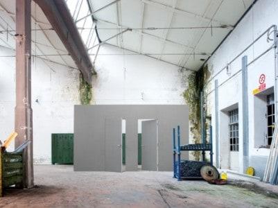 Bílé dveře Eclisse Syntesis Battente titul