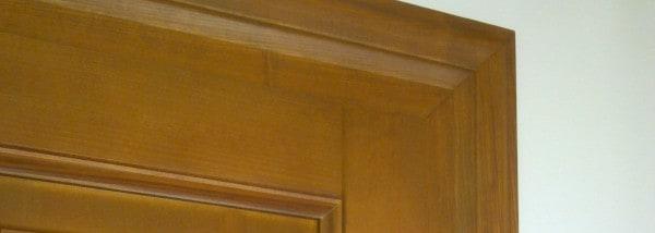 vchodové dřevěné dveře