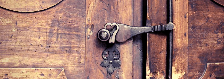 Dveře z dřevěného masivu - dřevěné dveře