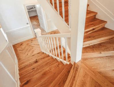 Dřevěné podlahy Esco schody