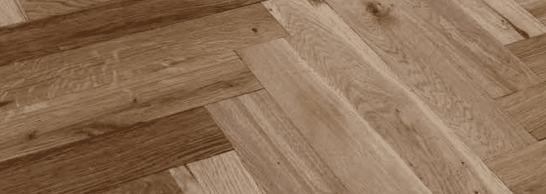 Dubové dřevěné podlahy titulní foto